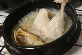 韓國人參雞湯